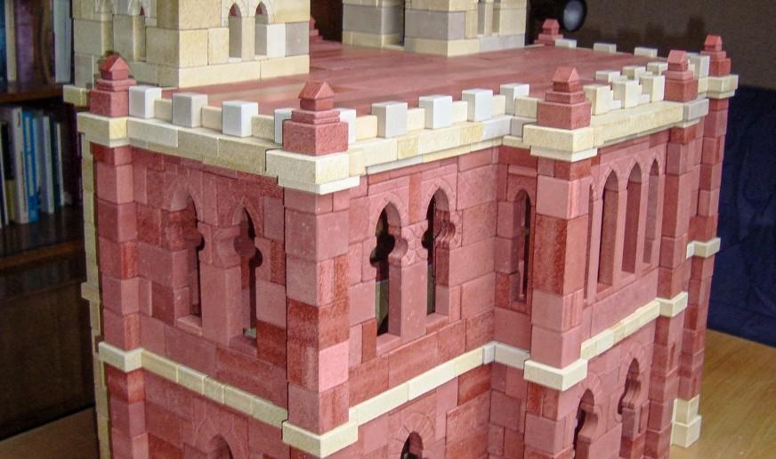 orientalischen Palast, erstellt aus Steinen des Kastens 32